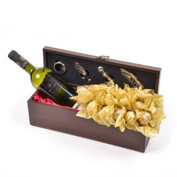 תיבת היין