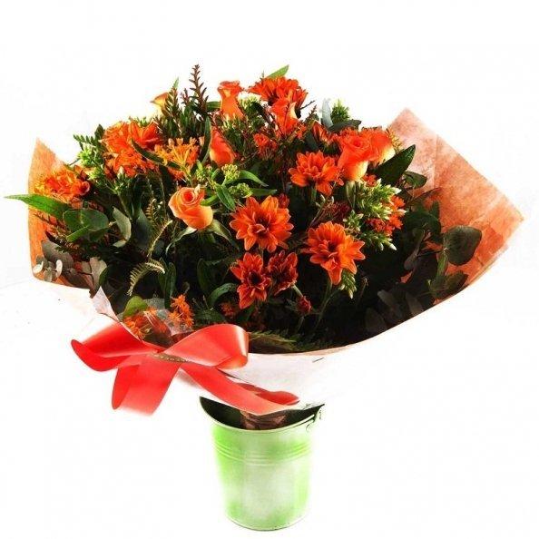 זר פרחים - של יום כתום