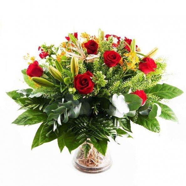 זר פרחים - ורדים וליליות